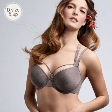 Manjira wired padded plunge Bra