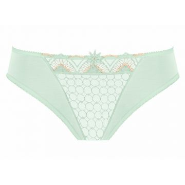 VALERIA BRIEF